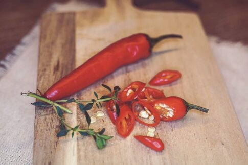 How does bear spray work, red chili pepper sliced