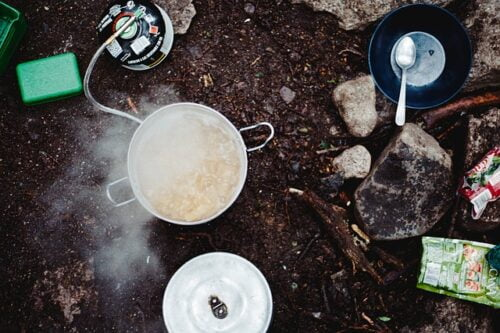 Best Way to Prepare Food in a Survival Situation, boiling food